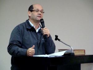 Vereador Vicente Menezes leu, na íntegra, matéria publicada pela Conjur