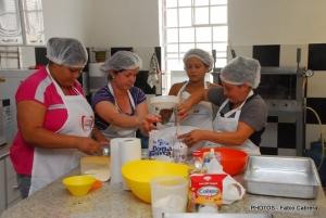 Vinte pessoas participaram do curso na Vila São Lázaro.