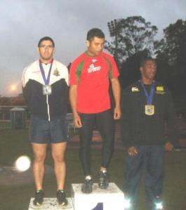 Thiago Gasparini é vice-campeão no dardo