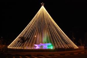 Árvore de Natal da Av. Cônego João Clímaco - Foto: Rene Fernandes