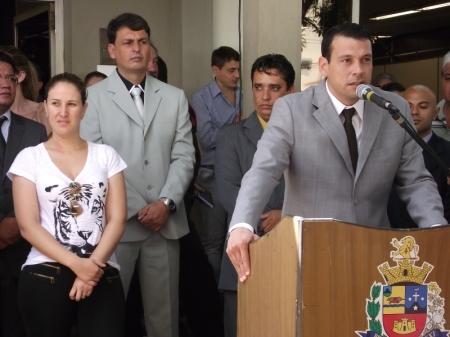 Manu discursa na posse dos secretários.