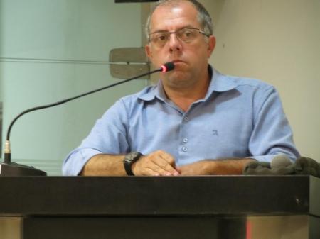 Vereador Fábio Menezes alerta sobre situação da Santa Casa. 1852