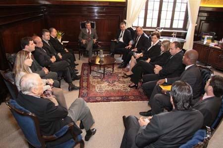 Ex-prefeito Gonzaga e membros do Poder Judiciário no TJ-SP.